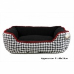Dog Tooth Bed Large 71x58x25cm