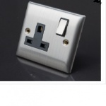 ''S'' 1G 13A D/Pole Switched Wallsocket P/Bag